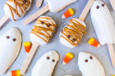 8 Healthy Halloween Treats for you and your kids!